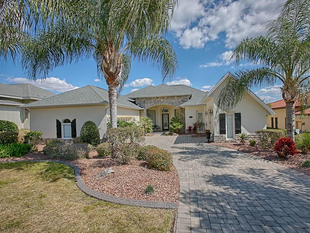 38720 Oak Place Ct, Lady Lake, FL