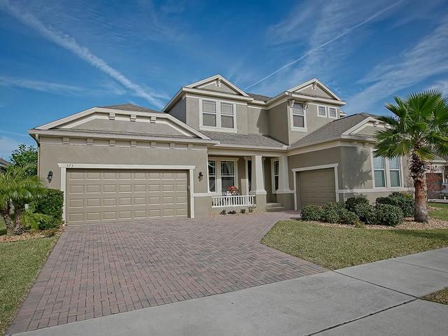 573 Blue Cypress Dr, Groveland FL 34736