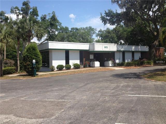 901 N Grove St, Eustis, FL 32726