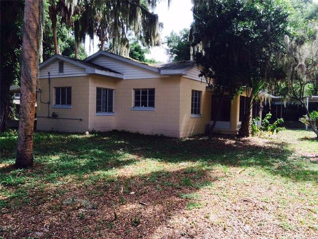 35 W Pendleton Ave, Eustis, FL
