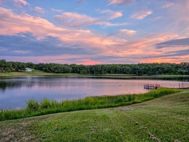 124 Hidden Oaks Dr, Lady Lake, FL 32159