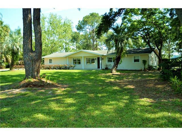 4643 Sloewood Dr, Mount Dora, FL 32757