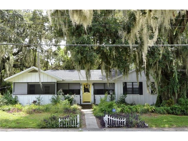1338 Heim Rd, Mount Dora, FL 32757