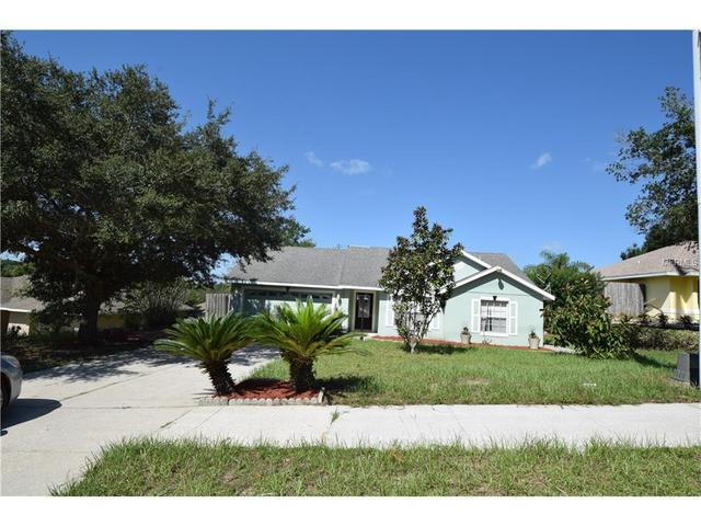 330 Bloxam Ave, Clermont, FL 34711