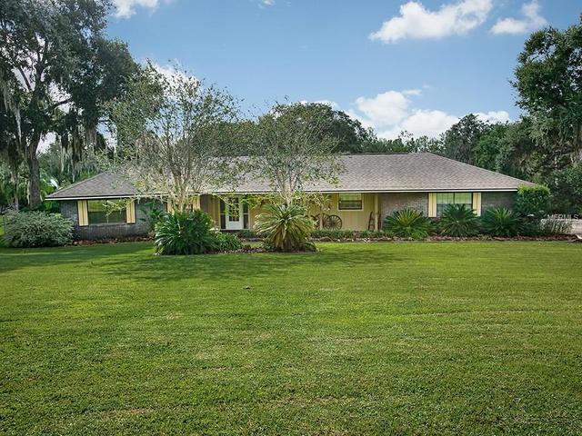 5401 Magnolia Ridge Rd, Fruitland Park, FL 34731