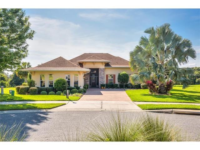 38700 Oak Place Ct, Lady Lake, FL 32159