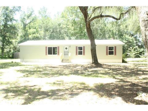 1744 Cr 416n, Lake Panasoffkee, FL 33538