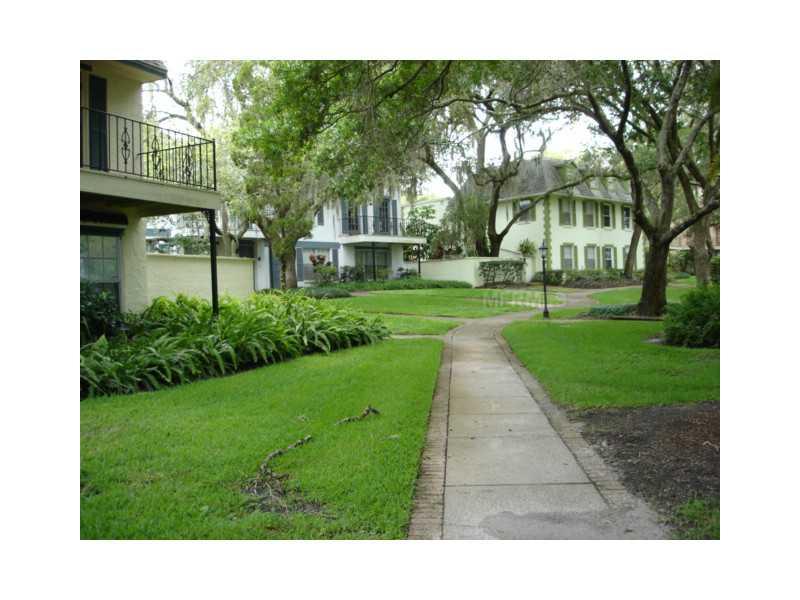 14411 Burgundy Sq 4, Tampa FL 33613