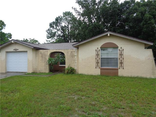 7021 Fairfax Dr, Port Richey, FL 34668