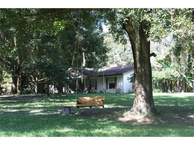 23051 Lake Lindsey Rd, Brooksville, FL 34601