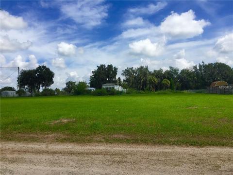 4112 Sexton Acres Ln, Plant City, FL 33567