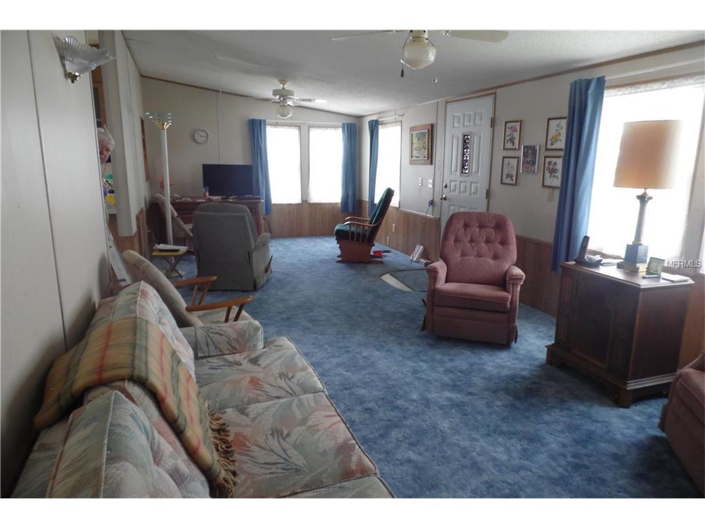 13 Royal Coachman Street, Lake Wales, FL 33898