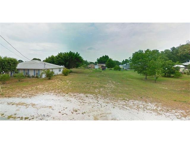 Palmetto Ave, Frostproof, FL 33843
