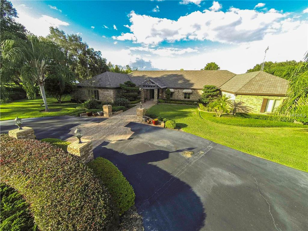 3635 Country Club Road S, Winter Haven, FL 33881