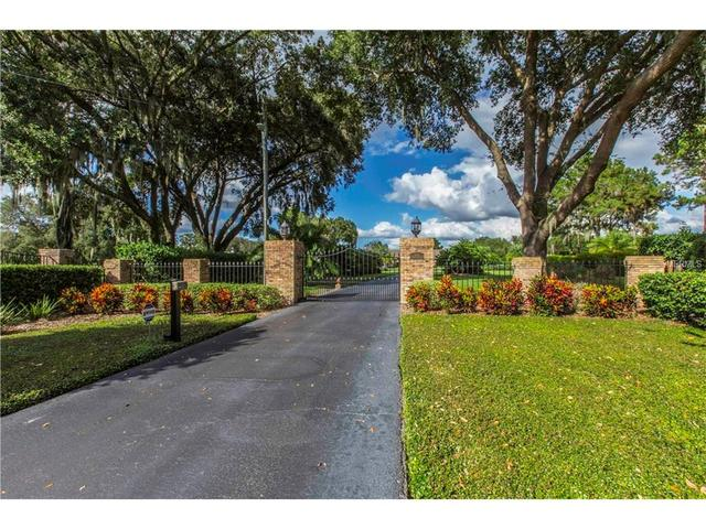 3635 Country Club Rd S, Winter Haven, FL 33881