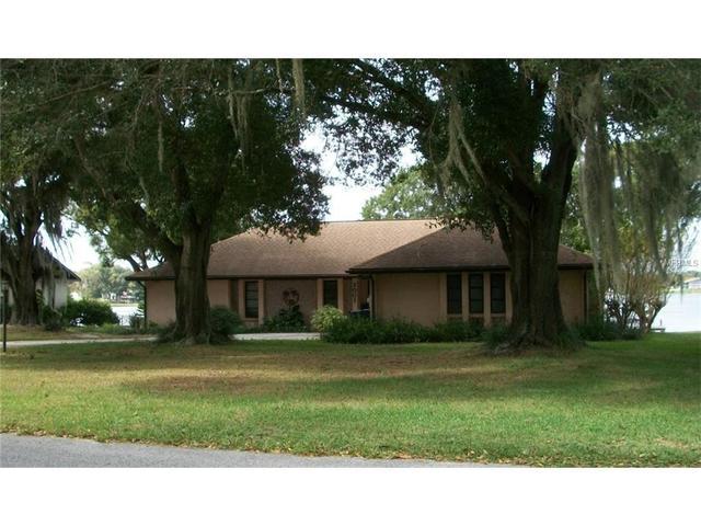 2007 Shoreland Dr, Auburndale, FL