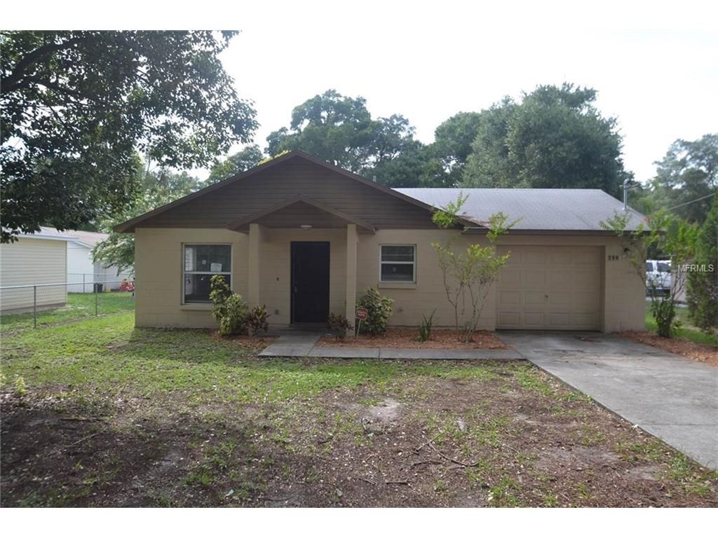 432 Palmetto St, Eustis, FL