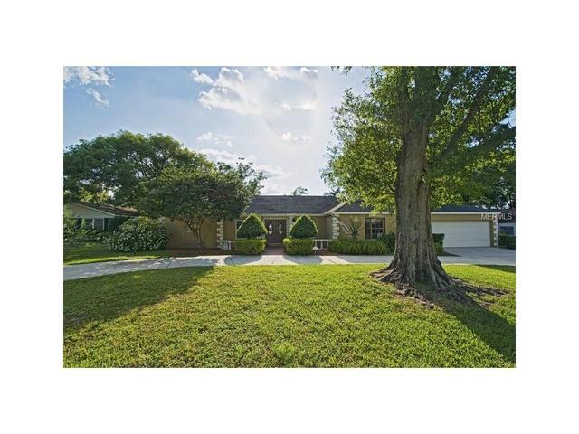 4615 Kings Point Ct, Lakeland, FL