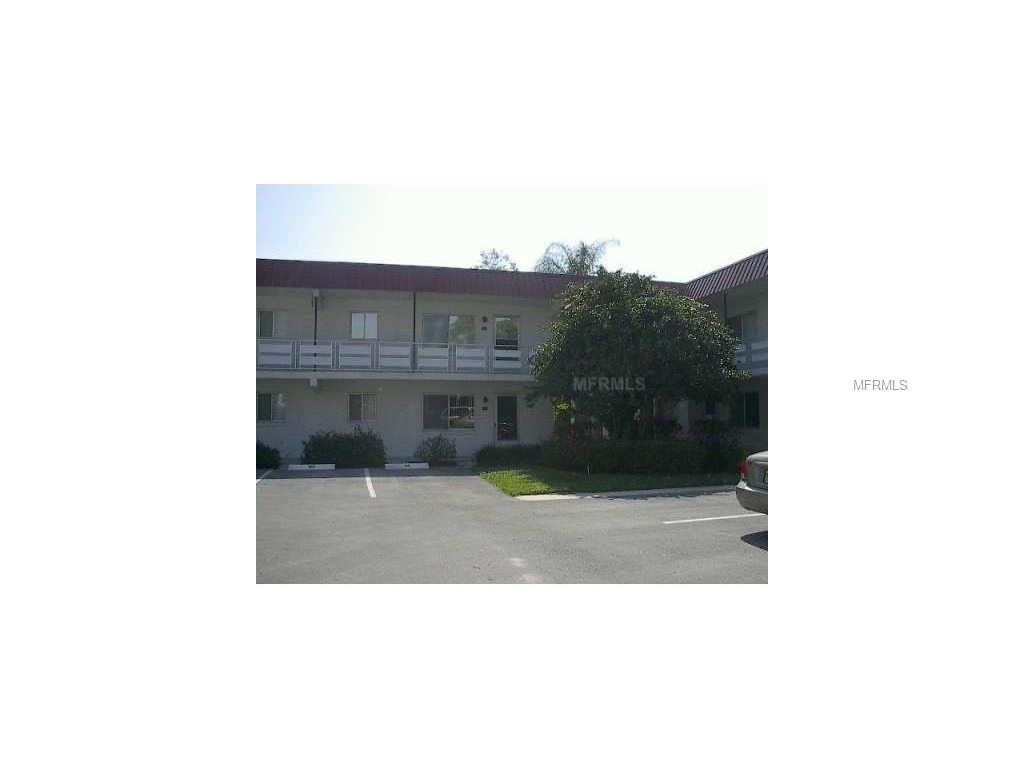 1100 Martinique Dr #105, Winter Haven, FL 33884
