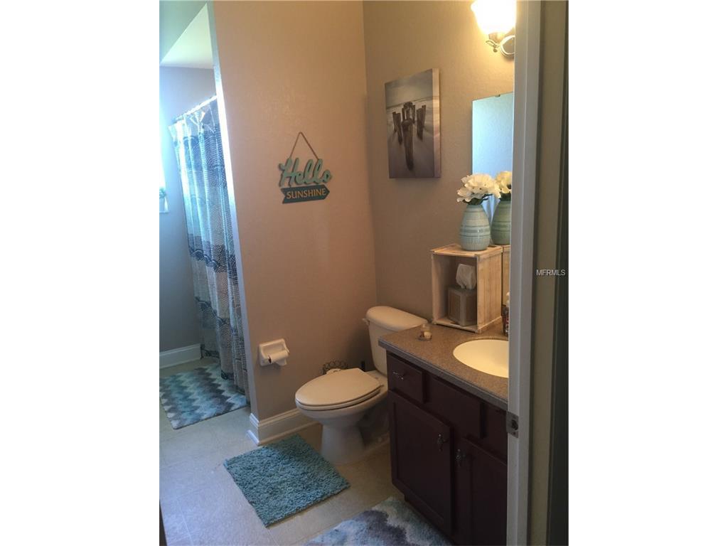 2910 Stonewood Circle, Lakeland, FL 33810