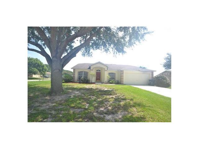 609 Berkley Pointe Dr, Auburndale, FL 33823
