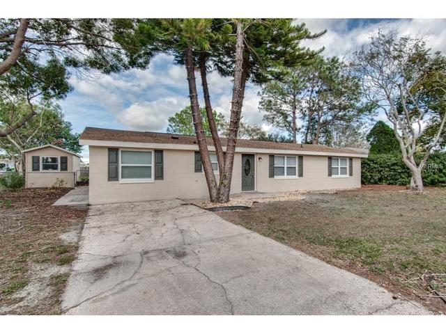 2158 Greenway Dr, Winter Haven, FL 33881