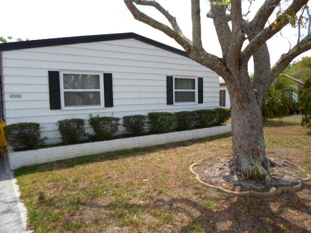 4946 Foxwood Lake Dr, Lakeland, FL 33810