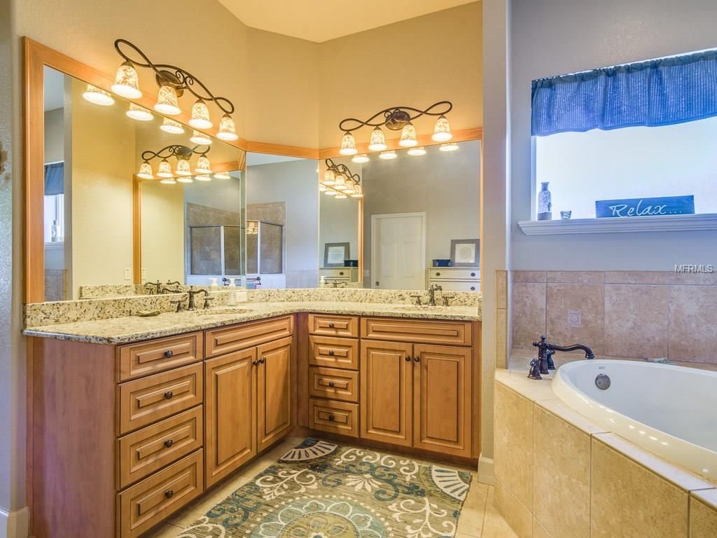 Bathroom Cabinets Lakeland Fl 3822 cheverly dr e, lakeland, fl 33813 mls# l4720821 - movoto