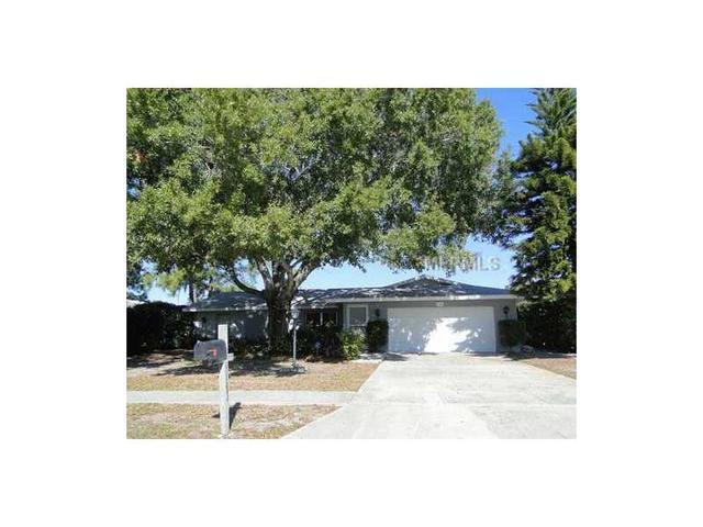 1103 Southern Pine Ln, Sarasota, FL 34243