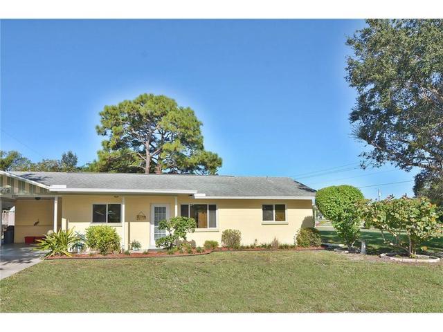 451 Pine Grove Dr, Venice, FL 34285