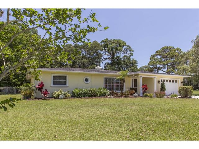 209 Palm Ave, Nokomis, FL 34275