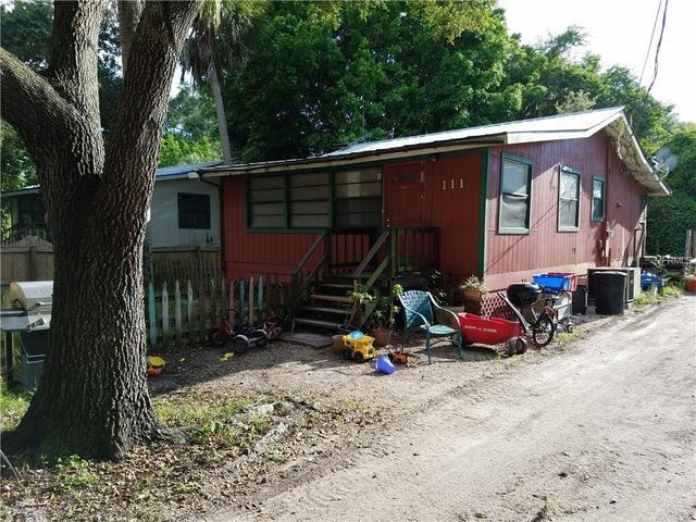 111 Kenwood Ave, Nokomis, FL 34275