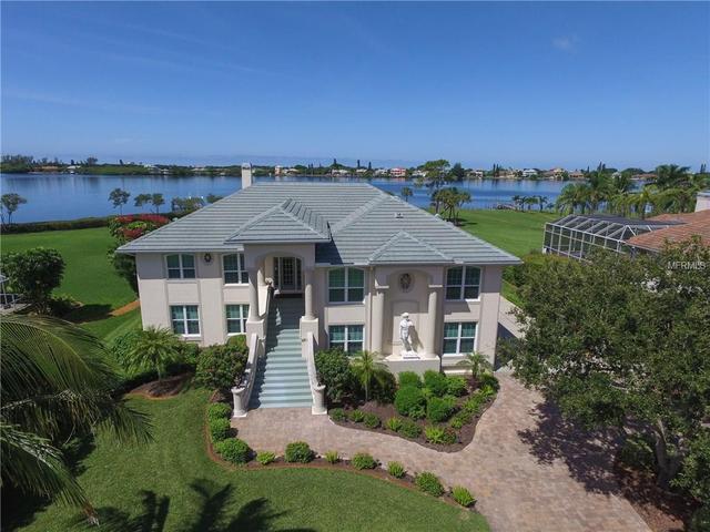 1760 Bayshore Dr, Englewood, FL 34223