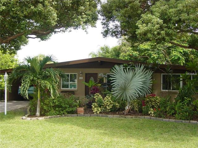 445 Redwood Rd, Venice, FL 34293