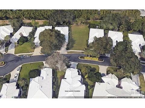 556 Fallbrook Dr, Venice, FL 34292