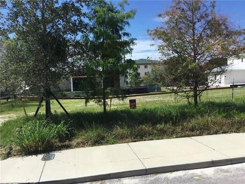 1670 Devonshire Ln, Sarasota, FL 34236