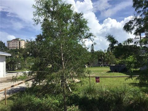 1663 Alderman St, Sarasota, FL 34236
