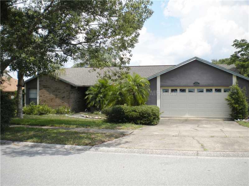4696 Creekview Ln, Oviedo, FL