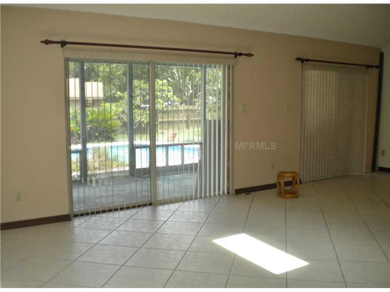 4696 Creekview Ln, Oviedo FL 32765