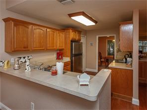 612 Maple Oak Cir #APT 112, Altamonte Springs, FL
