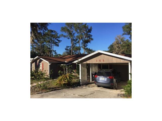 102 Sullivan Dr, Crescent City, FL