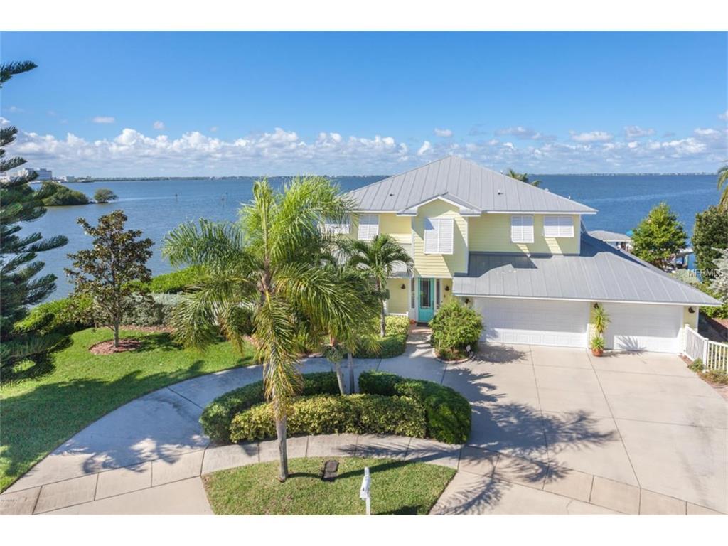 332 Kent Dr, Cocoa Beach, FL