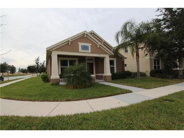 307 Whitewater Bay Dr, Groveland FL 34736