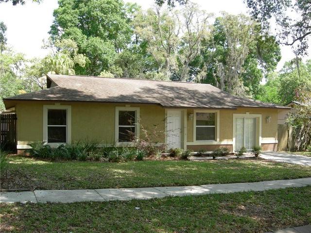 911 Poplar Dr, Altamonte Springs FL 32714