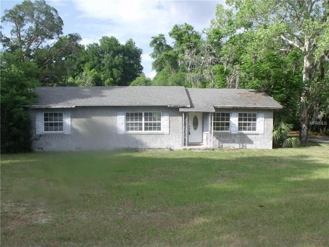 111 Birch Ave, Orange City, FL 32763