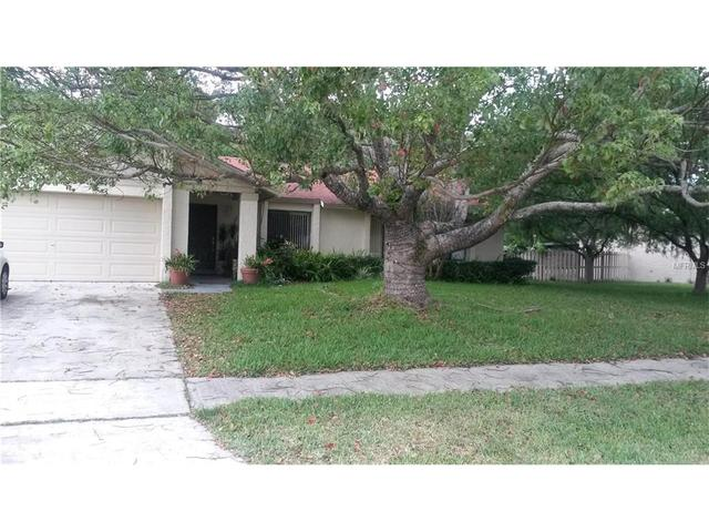 114 Holiday Ln, Winter Springs, FL 32708