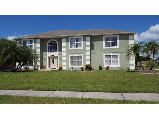 2400 Hatton Chase Ln, Kissimmee, FL