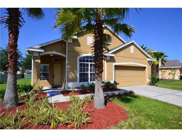 2302 Holly Pine Cir, Orlando, FL 32820