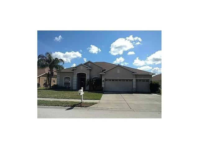 2406 Wood Pointe Dr, Holiday, FL 34691