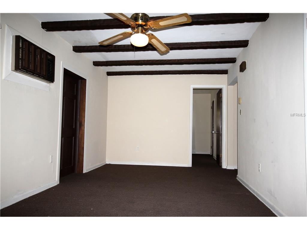 130 Caldwell Street, Apopka, FL 32712